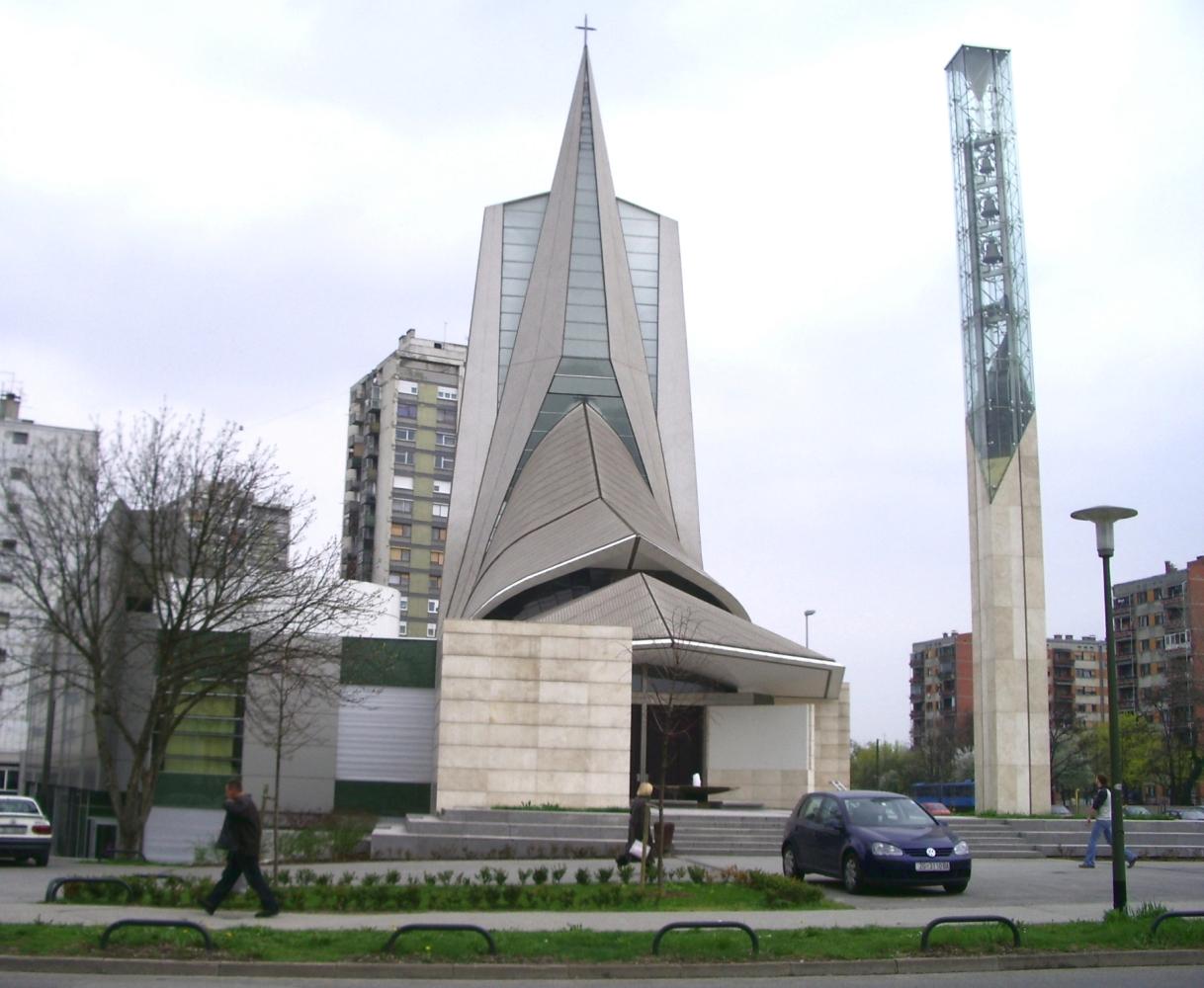 Novo financiranje crkve na štetu parkova, škole, kulturnog centra i dvorane, odgoda odluke o česmi na Moslavačkom, netransparentan Godišnji izvještaj